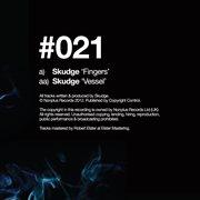 Fingers / Vessel