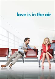 Amour & turbulences = : Love is in the air cover image